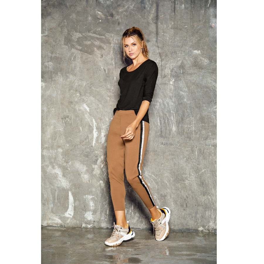 Pantalon-FIORY--Rayas-Arena--Talla-M---Liso
